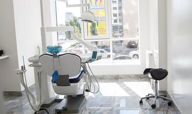 Стоматологическая клиника «CERAM Dental»