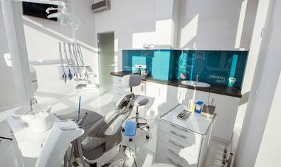 Стоматологическая клиника «Crystal Dent»