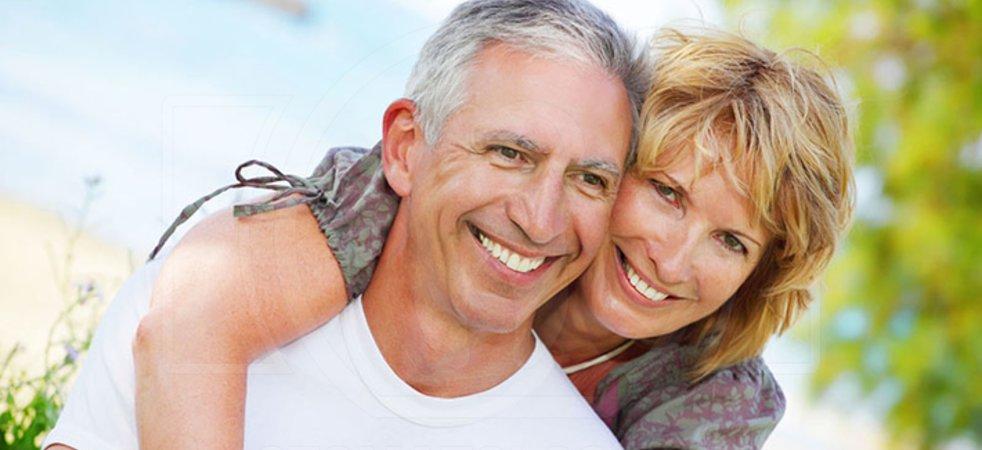 Полные съемные зубные протезы на верхнюю челюсть