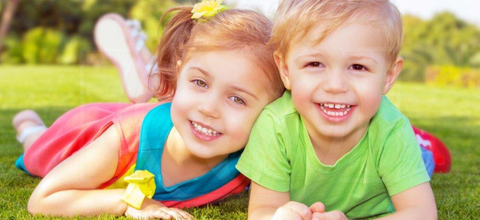 Прорезывание зубов у детей: сроки, симптомы