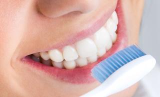 Отбеливающие зубные пасты: рейтинг, достоинства, недостатки и советы по выбору