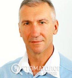 Невенчаный Игорь Евгеньевич