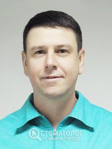 Петренко Юрий Иванович