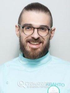 Кулешов Роман Юрьевич